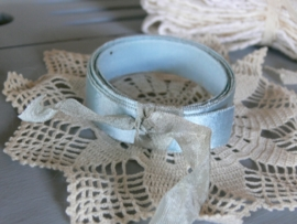 Rolletjes oud blauw lint (BL49)