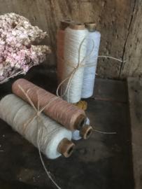 Set van 3 oude garenklossen - rose/grijs