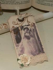 Kaars met bruidslabel  - Bruidje voor spiegel (H005)
