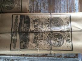 Oude garenklossen in originele verpakking - groot (FT106)