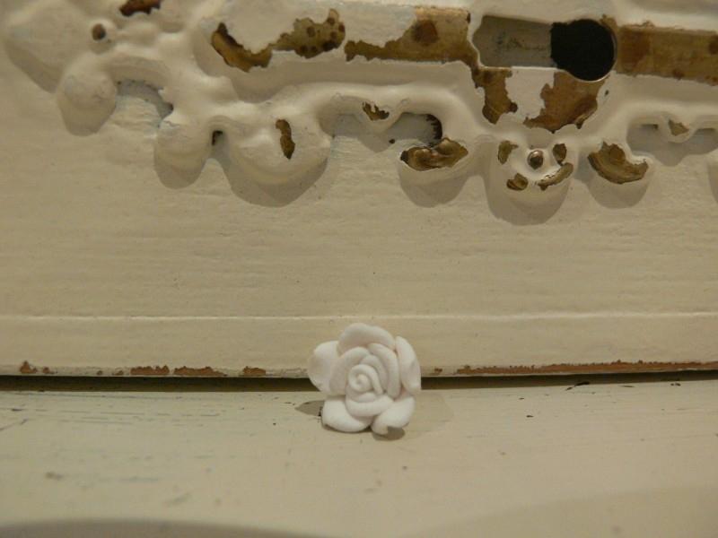 Kraal roos fimo wit 12 mm (KB64)