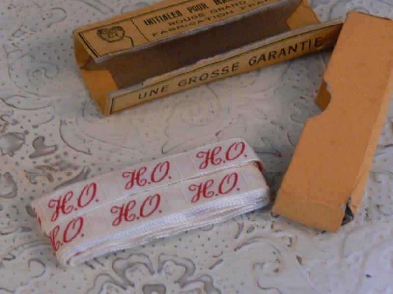 Oud doosje monogramband (FT112)