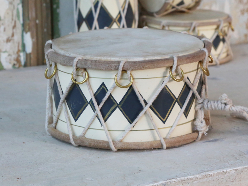 Chic Antique - Drum