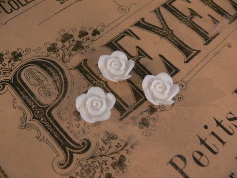 Kraal roos wit 16 mm. (3 stuks) (KB83)