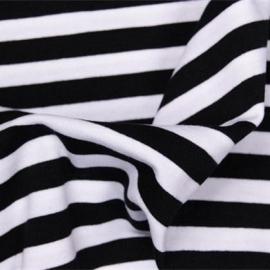 0 a23 tricot streep zwart wit
