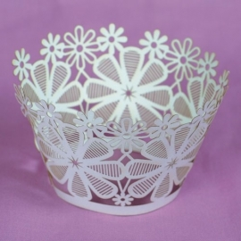 Culpitt 12 Cupcake wraps -Lace Flower-
