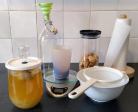 Compleet startpakket: gedroogde waterkefir, zeven, boek, vijgen, baking soda