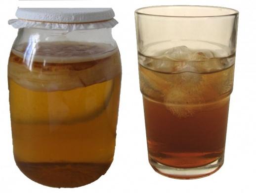 Links: zo wordt het bereid, rechts: zo drink je het.