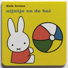 CBC-Bruna-Nijntje en de bal-Yellow