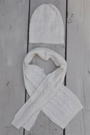 Unisex Set: scarf-hat- Dirkje-white