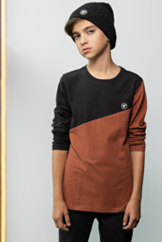 Bellaire-T-shirt long sleeves diagonal cut and sewn-Rust Brown