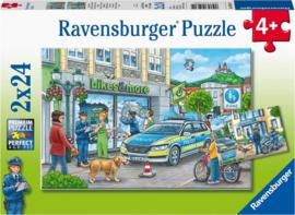 CW-RavensburgerOnderweg met agent Hanna-Twee puzzels- 24 stukjes-Mult Color