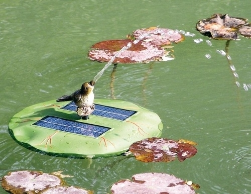 Opzet spuitfiguur vogel voor vijverpomp Lelie