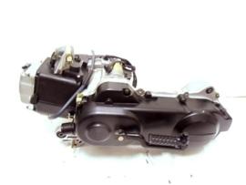Motorblok Peugeot Kisbee 4T 12inch korte as 09UN8112