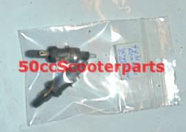 Remlichtschakelaar  Peugeot ludix 743154  gebruikt
