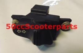 Stuurschakelaar Knipperlicht Vespa GT 200 L 294723 GEBRUIKT