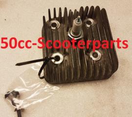 Cilinderkop Hyosung Ez100 Yh2059 origineel Gebruikt