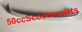 Sideskirt origineel Vespa S Rechts ongespoten 654260