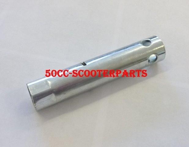 Bougiesleutel 13mm X 90mm Piaggio Vespa 4T 4V - 4826