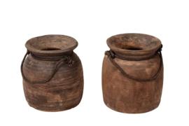 Oude houten pot met touw L