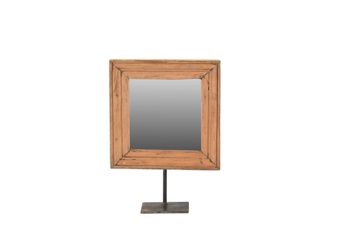 spiegel op standaard