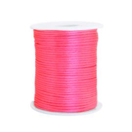 Draad van satijn 1,5 mm Neon Pink 72146 per meter