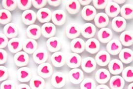 Acryl letterkralen Hart White-roze  per 10 st.