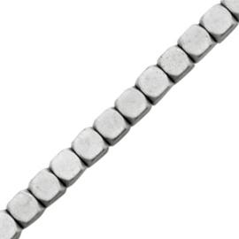 Kralen hematite cube 4mm mat Light grey 44502