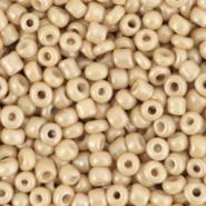 Rocailles 8/0 (3mm) Tan brown,  10 gram 68281