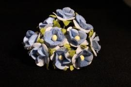 WILD ORCHID CRAFTS - SWEETHEART BLOSSOM 2-TONE BLUE 15 mm - bosje met 10 stuks