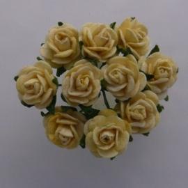 WILD ORCHID CRAFTS - MULBERRY PAPER OPEN ROSES 15 mm Yellow - bosje met 10 stuks