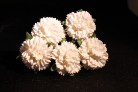 WILD ORCHID CRAFTS - OFF-WHITE MULBERRY PAPER CARNATION FLOWERS 2,5 cm