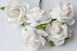 WILD ORCHID CRAFTS - White  Mulberry Paper Wild Roses 30mm -  5 stuks