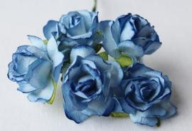 WILD ORCHID CRAFTS -2-Tone Blue Paper Wild Roses 30mm - 5 stuks