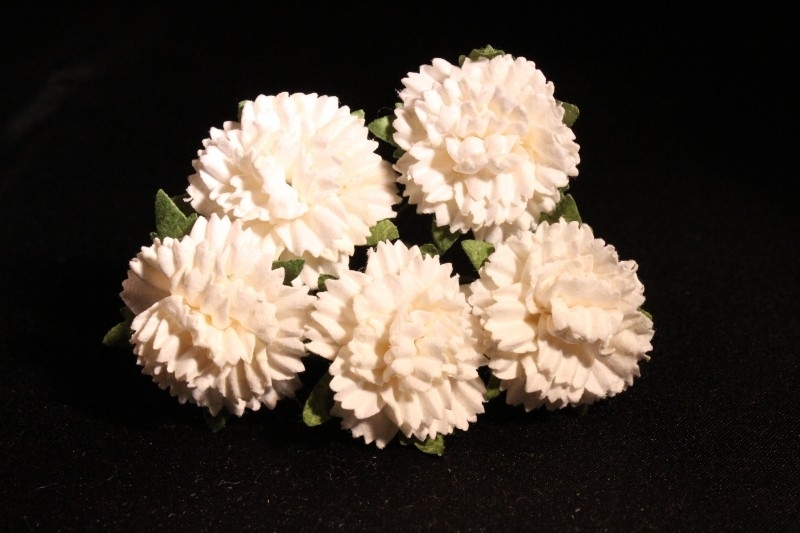WILD ORCHID CRAFTS - WHITE MULBERRY PAPER CARNATION FLOWERS 2,5 cm