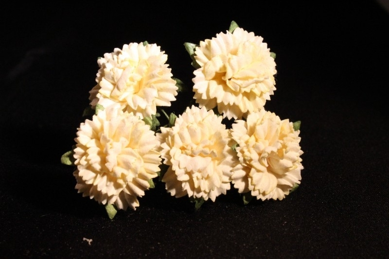 WILD ORCHID CRAFTS - LIGHT YELLOW MULBERRY PAPER CARNATION FLOWERS 2,5 cm