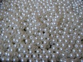 Acryl parels ivoor 8mm ( 20 stuks )
