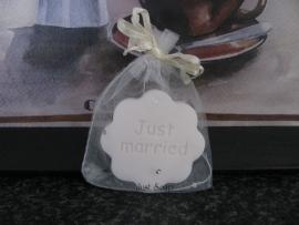 Huwelijksbedankje Bloemetje Just Married