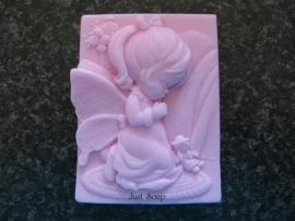 Biddend fairy meisje