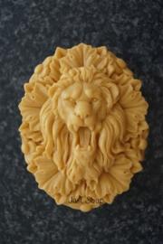 Leeuw op tablet 2