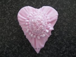 Hart met rozet