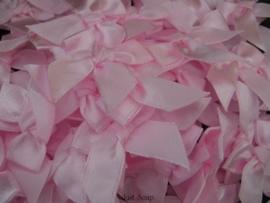 Strikjes Roze 3 cm