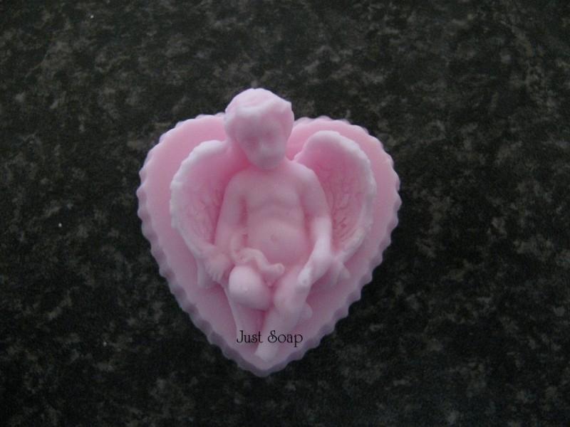 Engeltje op hart 3