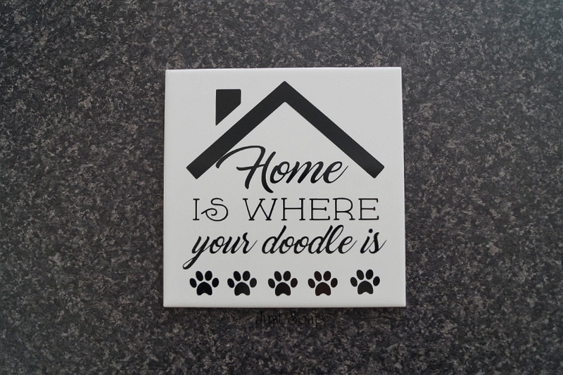 Tegeltje Home is where your doodle is