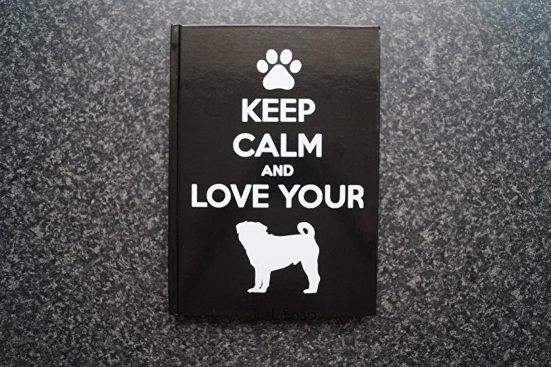 Notitieboekje Keep calm and love your Pug .....