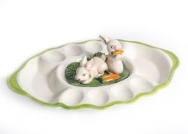 FL38 Ovale schaal voor 8 eieren met konijntjes