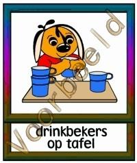 Drinkbeker op tafel - TK