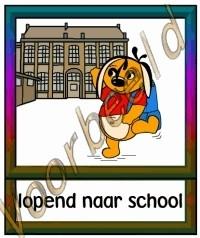 Lopend naar school - SCH