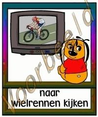 Naar wielrennen kijken