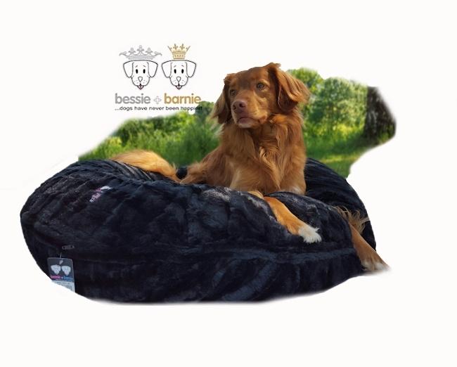 Bessie + Barnie Bagel Bed Black Puma